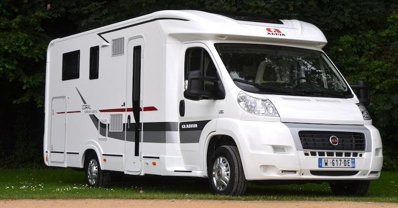 adria coral supr me 690 sc camping car le site. Black Bedroom Furniture Sets. Home Design Ideas