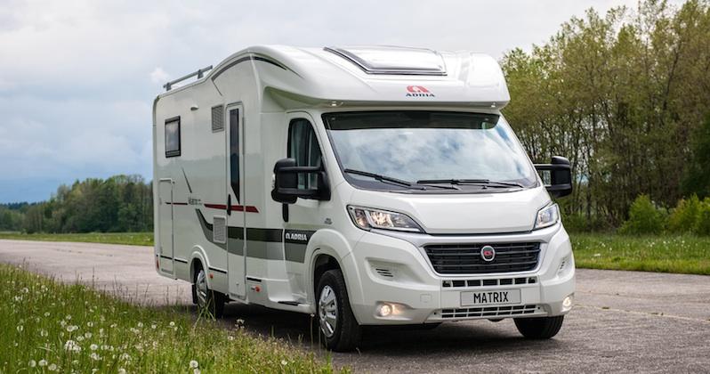les nouveaux camping cars adria entrent en sc ne camping car le site. Black Bedroom Furniture Sets. Home Design Ideas