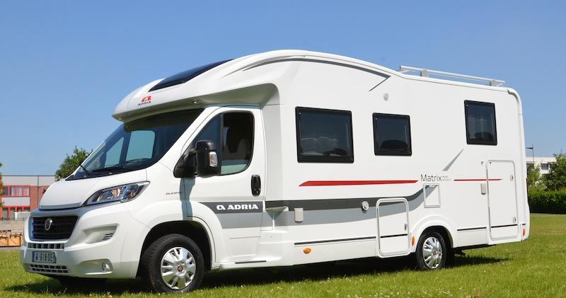 essai camping car adria matrix plus 670 sbc camping car le site. Black Bedroom Furniture Sets. Home Design Ideas