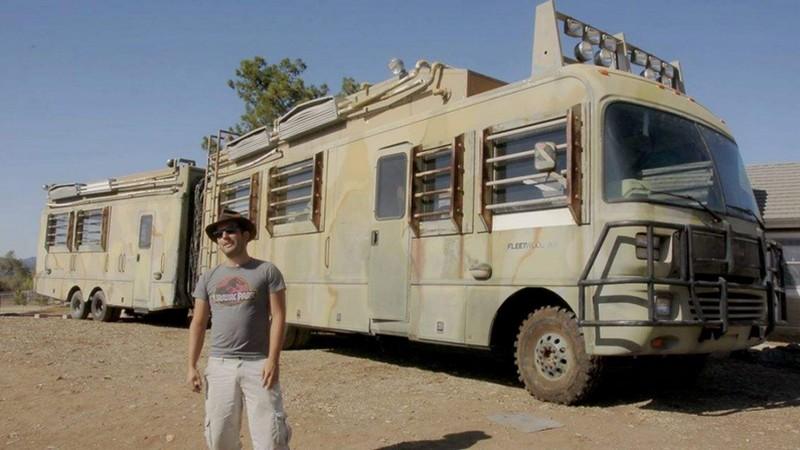 un collectionneur fran ais ach te le camping car de jurassik park 2 sur ebay camping car le site. Black Bedroom Furniture Sets. Home Design Ideas