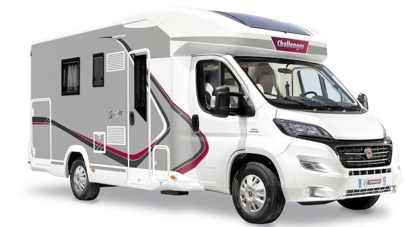 challenger graphite 398 xlb le lit central grand format camping car le site. Black Bedroom Furniture Sets. Home Design Ideas