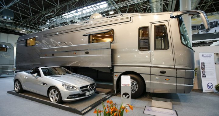 le voyageur camping car le site. Black Bedroom Furniture Sets. Home Design Ideas