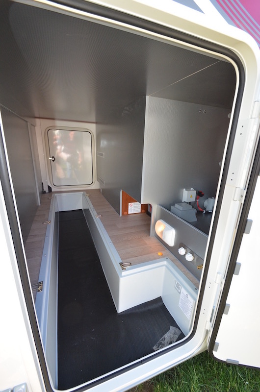 Garage camping-car Rapido