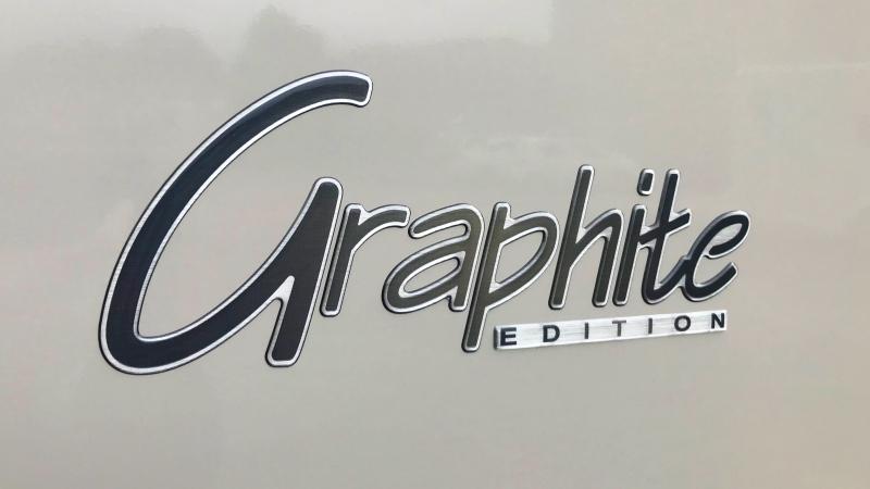 Challenger Graphite 260 05